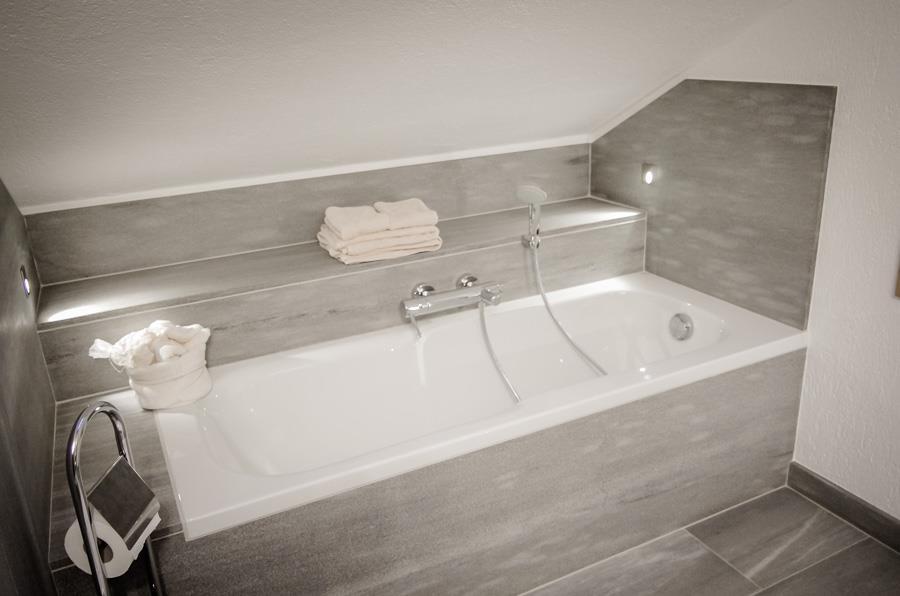 Vasca da bagno in pietra di cogne la pira - Vasca da bagno in pietra ...